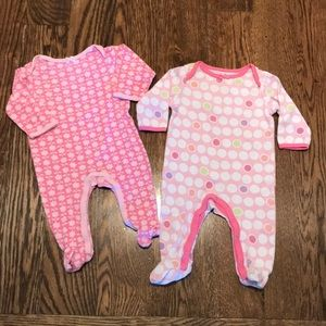 Pink set of 2 baby footies by Circo